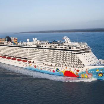 Barco Norwegian BreakAway de la naviera Norwegian Cruise Line