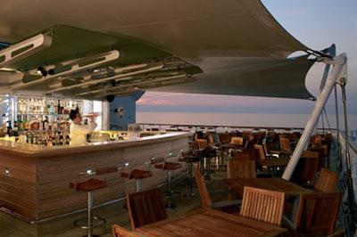 Imagen de un Bar del barco Celebrity Century