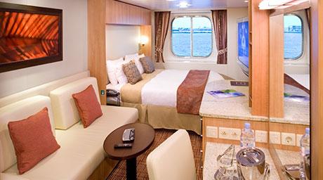 Imagen de un Camarote con vistas al mar del barco Celebrity Equinox