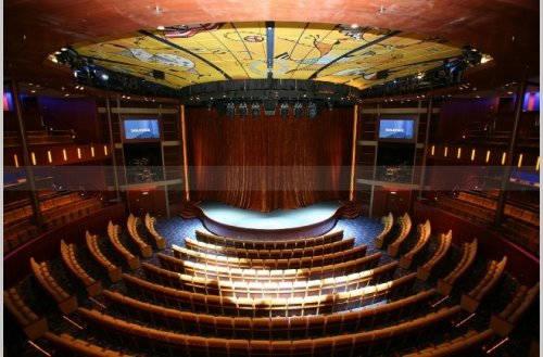 Imagen del Teatro del barco Celebrity Equinox