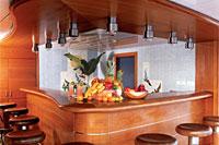 Imagen de un Bar del barco Celebrity Summit