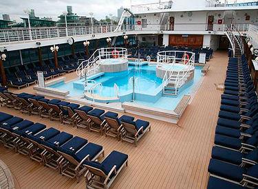 Imagen de la Piscina del barco Amazara Journey