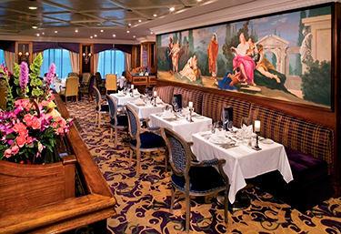 Imagen de un Restaurante del barco Amazara Journey