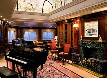 Imagen del Piano Bar del barco Azamara Quest