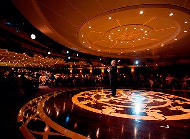 Imagen del Teatro del barco Azamara Quest