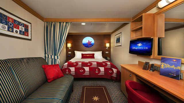 Imagen de un Camarote interior del barco Disney Fantasy