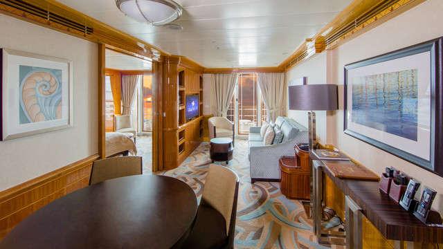Imagen de una Suite del barco Disney Magic