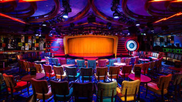 Imagen del Night Club del barco Disney Wonder