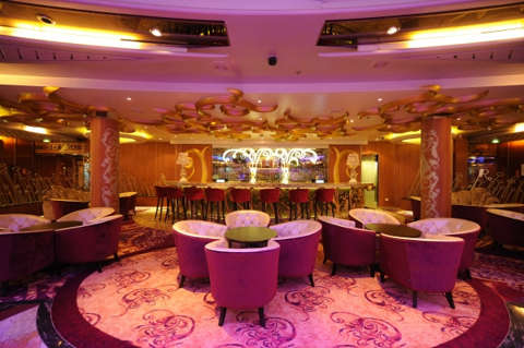 Imagen de un Bar del barco Legend of the Seas