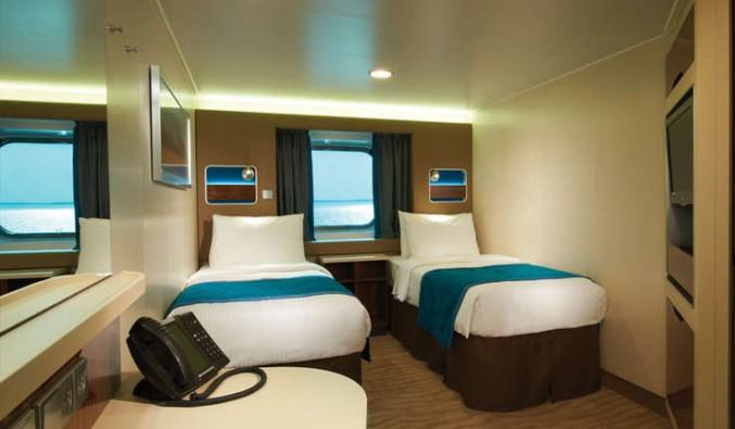 Imagen de un Camarote con vistas al mar del barco Norwegian Breakaway de Norwegian Cruise Line