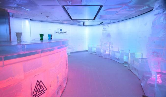 Imagen del Ice Bar del barco Norwegian Epic