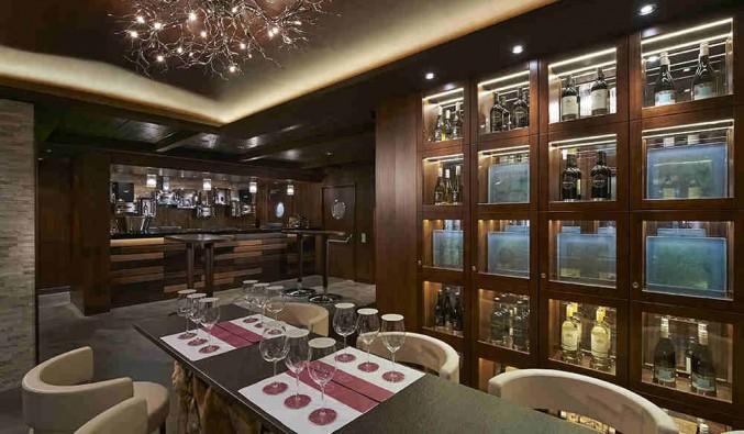 Imagen del Bar de vinos The Cellars del barco Norwegian Escape