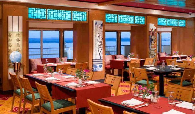 Imagen del Restaurante asiático  Lotus Garden del barco Norwegian Pearl
