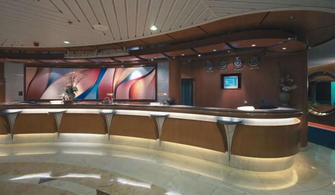 Imagen de la Recepción del barco Vision of the Seas