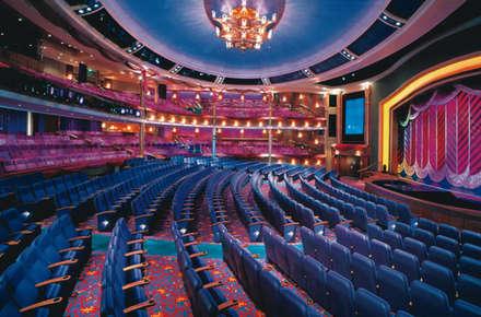 Imagen del Teatro del barco Voyager of the Seas