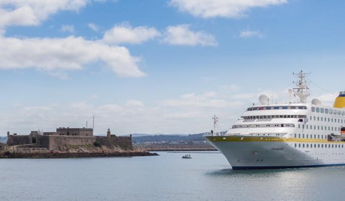 crucero-castillo-San-Antón-A-Coruña