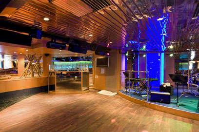 Imagen de la Discoteca Rainbow del Barco Zenith de Pullmantur