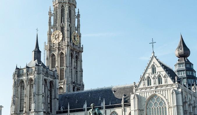 cruceros-fluviales-naviera-politours-nudoss-AMBERES_Belgica Catedral_MO-35_Crucero_MOrtiz_2013 rgb