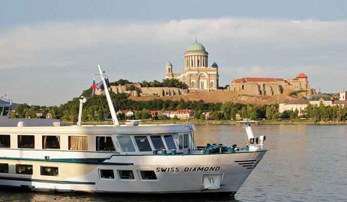 cruceros-fluviales-naviera-politours-nudoss-Barco Swiss Diamond MG_1322 ret 1a rgb