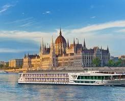 Barco de la naviera Scenic Cruises