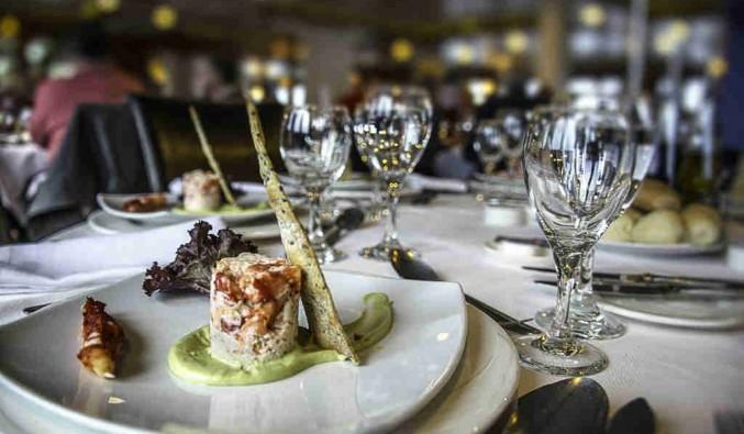 Imagen de la Gastronomía del barco Stella Australis