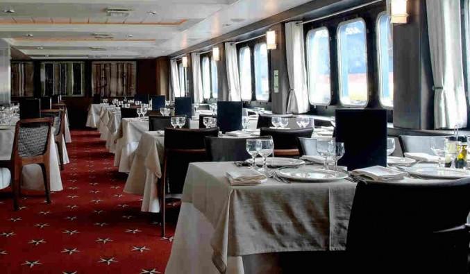 Imagen del Restaurante Patagonia del barco Stella Australis
