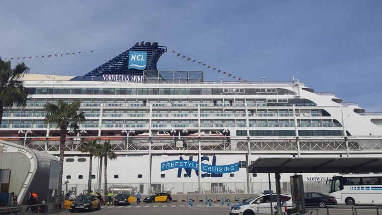 Le Norwegian Spirit dans le Port de Barcelone
