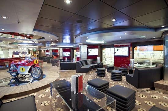 Imagen del Sports Bar del barco MSC Fantasia