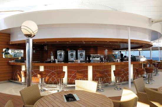 Imagen del Mojito Bar del MSC Poesia de MSC Cruceros