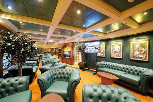Imagen de la Sala de Fumadores del MSC Poesia de MSC Cruceros