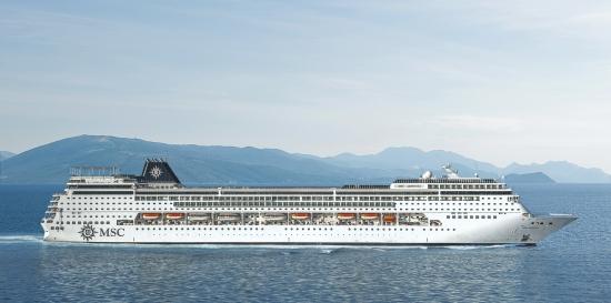 Imagen exterior del barco Msc Armonia