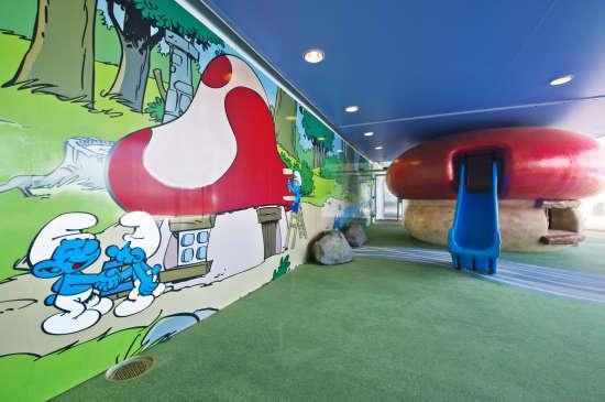 Imagen de una sala de juegos a bordo del MSC Divina