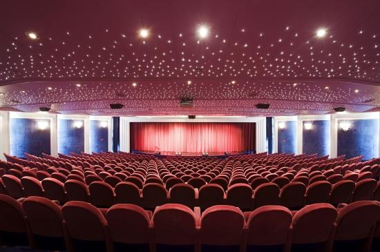 Imagen del teatro Broadway del MSC Lirica