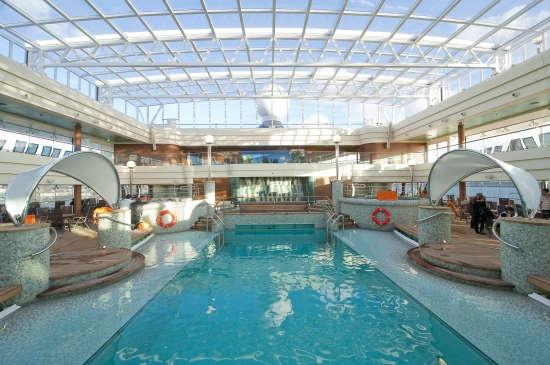 Imagen de la Piscina del barco MSC Magnifica