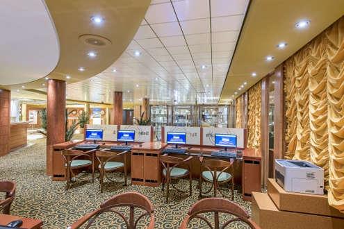 Imagen del Internet Cafe del barco MSC Sinfonia