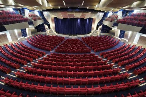 Imagen del Teatro Strand del barco MSC Splendida