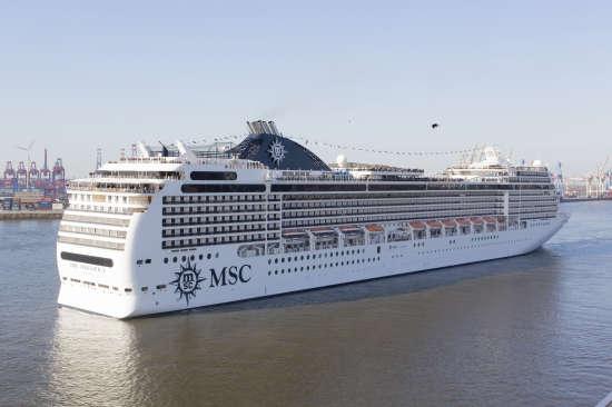 naviera-msc-cruceros-barco-msc-magnifica