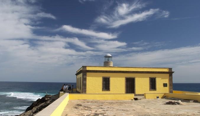 puerto-cruceros-corralejo-faro-martiño-isla-lobos