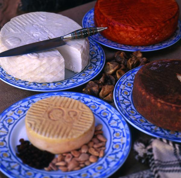 El Queso Majorero es uno de los productos con sello de calidad de Fuerteventura. Foto Patronato de Turislmo de Fuerteventura.