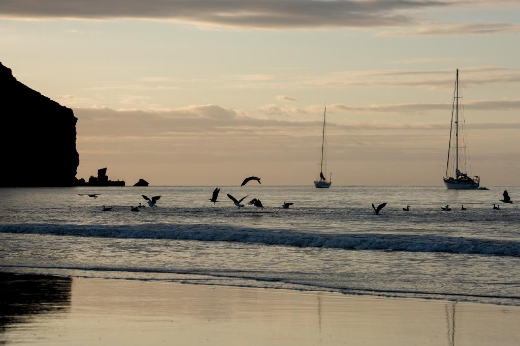 Las actividades náuticas y la pesca deportiva figuran entre las posibilidades turísticas del destino Gran Tarajal. Foto Ayuntamiento de Tuineje.