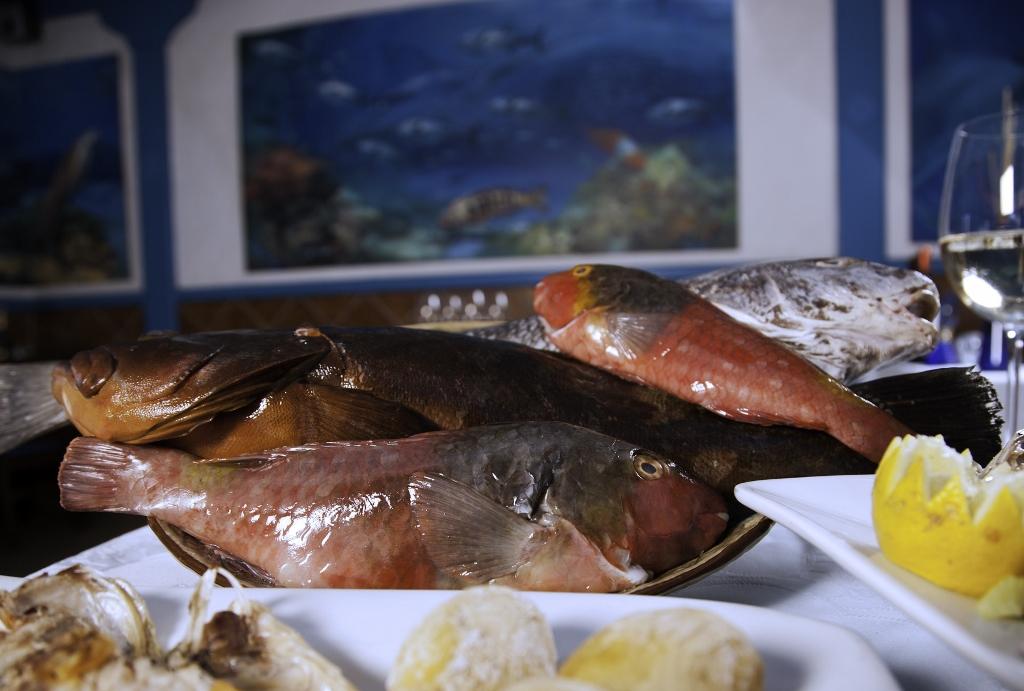 El pescado fresco es el producto estrella de la gastronomía en Gran Tarajal. Foto Patronato de Turismo de Fuerteventura.