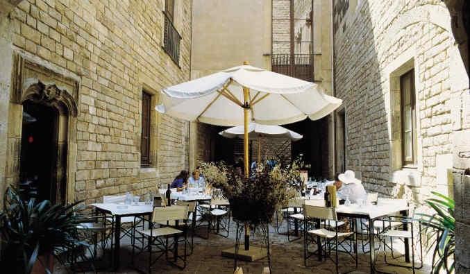 port de Barcelone vue du musée Picasso