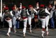 image de danse traditionnelle basque