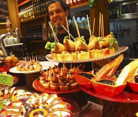 Pays Basque Port Bilbao Gastronomie Pintxos