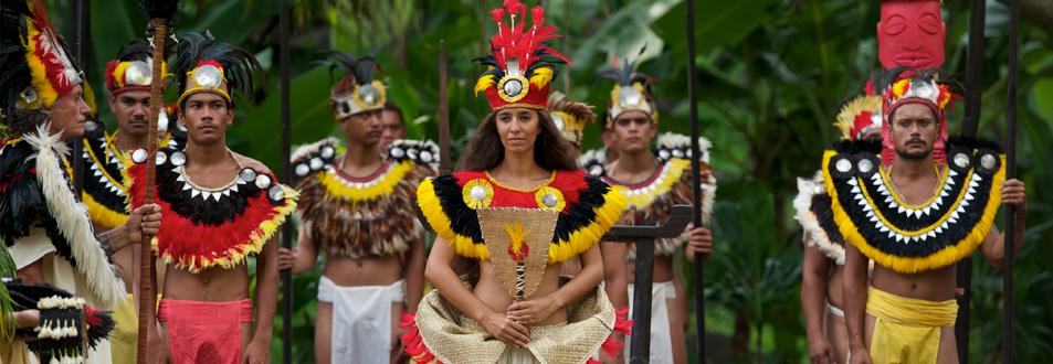 Puerto de cruceros de Tahití danzas polinesias