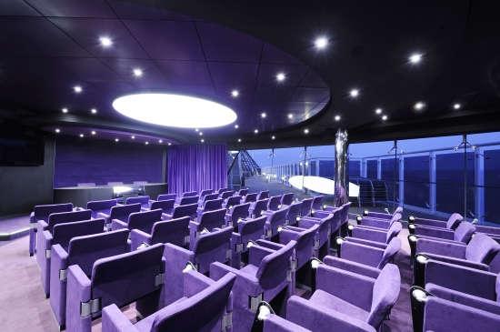 Imagen de la Sala de conferencias del barco MSC Preziosa