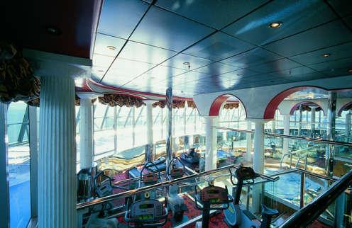 Imagen del Jacuzzi del barco Costa Atlántica