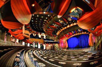 Imagen del Teatro del barco Costa Deliziosa de Costa Cruceros