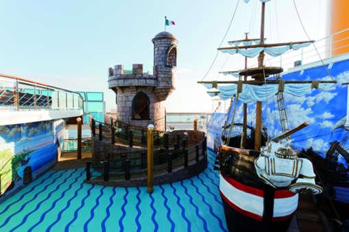 Imagen del Aqua Park del barco Costa Favolosa