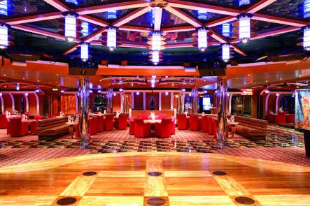 Imagen del Grand Bar Elettra del barco Costa Luminosa